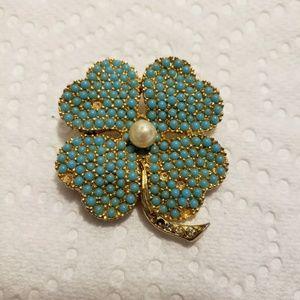 💯vintage Ciner four leaf clover brooch